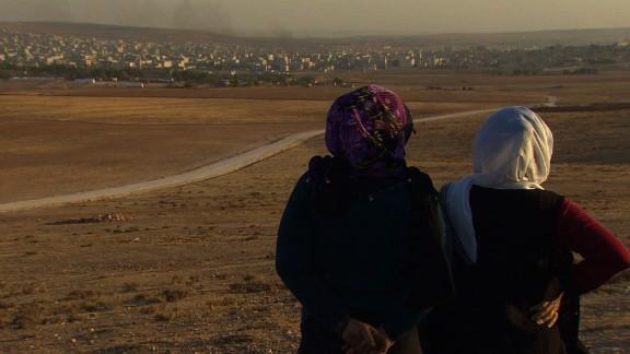 pkg damon syria kobani isis gains_00003602.jpg