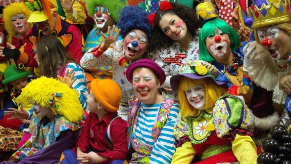 Coulrophobia is the term for the fear of clowns.