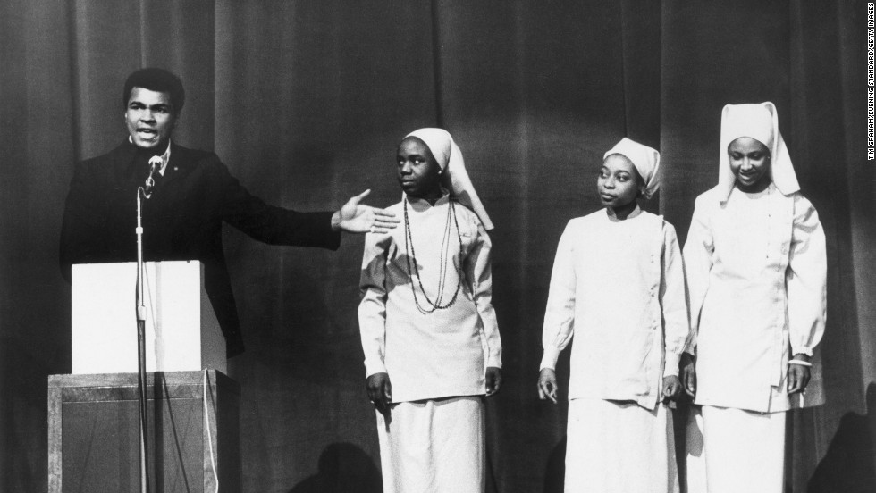 Ali addresses a Nation of Islam meeting in London in December 1974. The following year, Ali left the Nation and embraced a more mainstream Islamic faith.