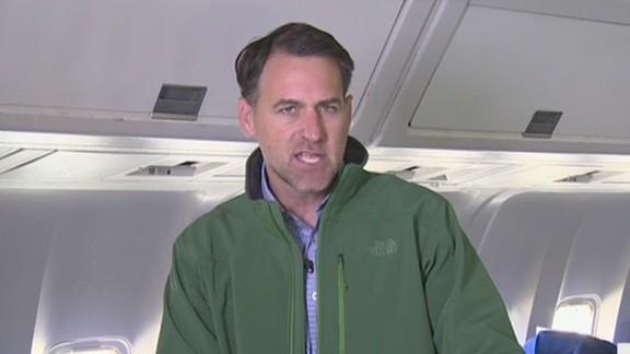 pkg simon risk of ebola on plane_00013007.jpg