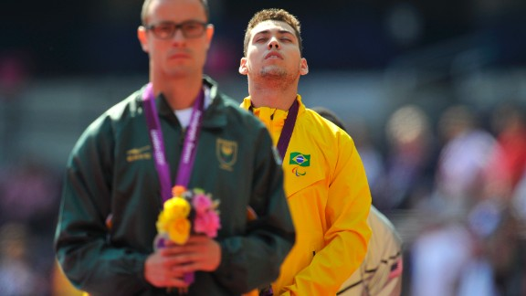 In his first major final of the 2012 Games, Pistorius was left stunned as Brazil