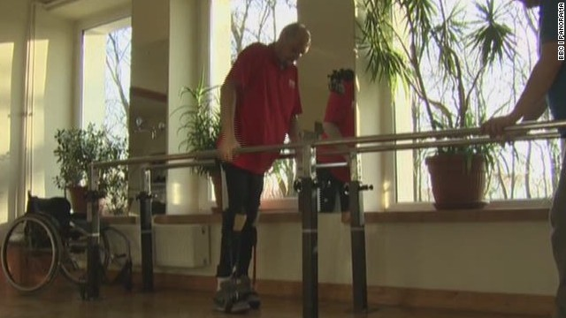 Paralyzed man walks after cell treatment