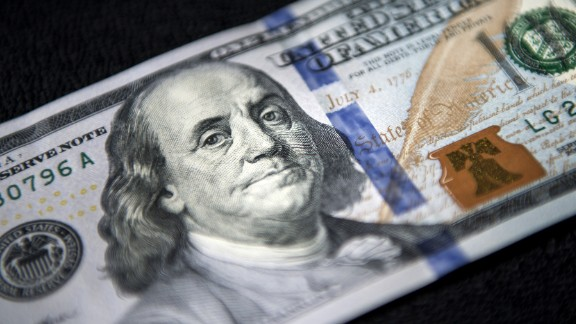 Hockenhull also highlights the U.S. $100 bill, as being a particularly advanced paper note in terms of its security features. These include an image of a color-changing bell inside a copper-colored inkwell. Tilting the note makes the bell seem to appear and disappear inside the inkwell.