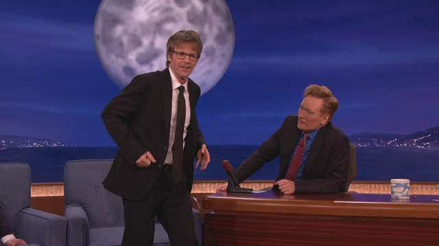 Dana Carvey channels 'The Walking Dead'