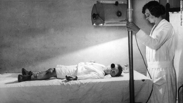 Circa 1935, A little boy endures a period of sunlamp treatment. (Photo by FPG/Getty Images