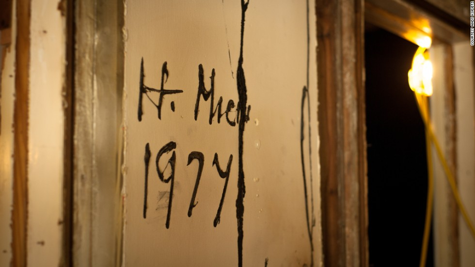 Traces of old residents and owners remained in the house when Write A House received the keys.