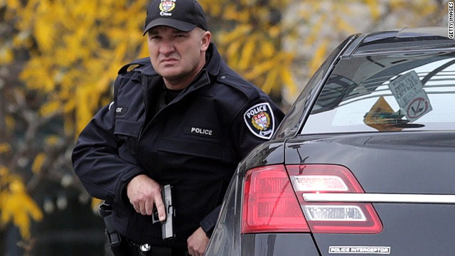 Witness: Ottawa gunman hijacked car