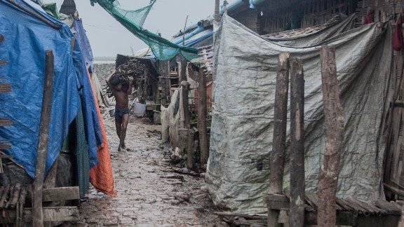Most of the residents of the camp have been there for two years, since their villages were sacked during intercommunal violence with the ethnic Rakhine majority in the state. The Buddhist Rakhines make up 60% of the state population, the Rohingya about 30%.