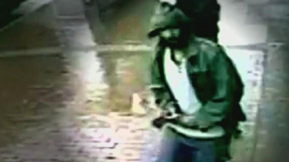 tsr nyc police hatchet attack terror_00001106.jpg