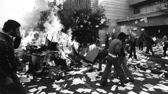 In 1978, Shah Mohammed Reza Pahlavi's authoritarian rule sparks demonstrations and riots in Iran. Government buildings and shops were looted, furniture was set ablaze and documents were thrown into the streets.