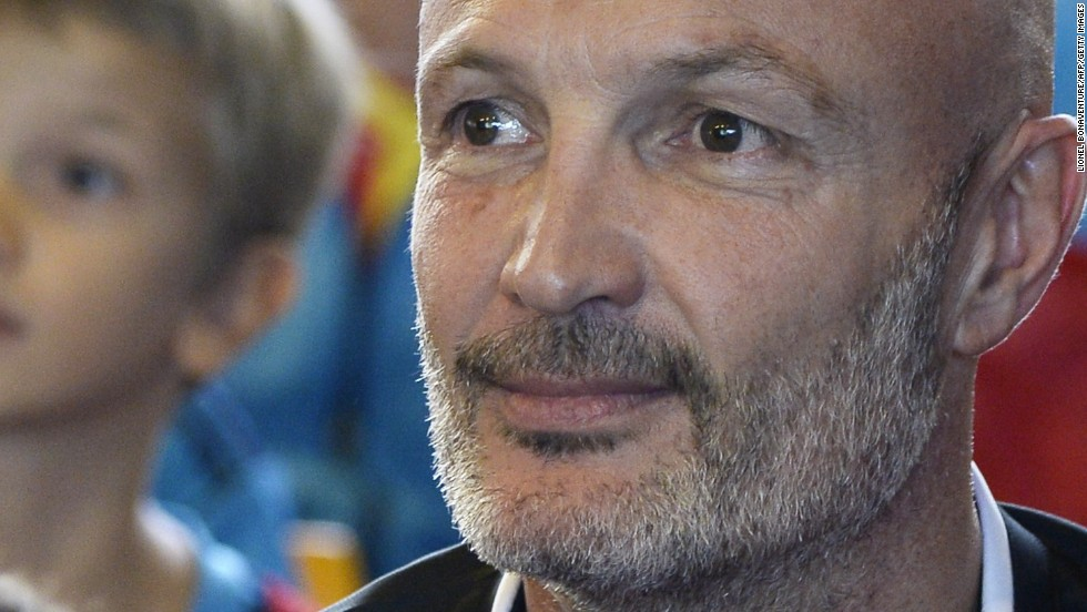 After the drama of the sporting arena, many sports stars have pursued careers in acting. Frank Leboeuf has acted on both stage and screen since retiring from football.