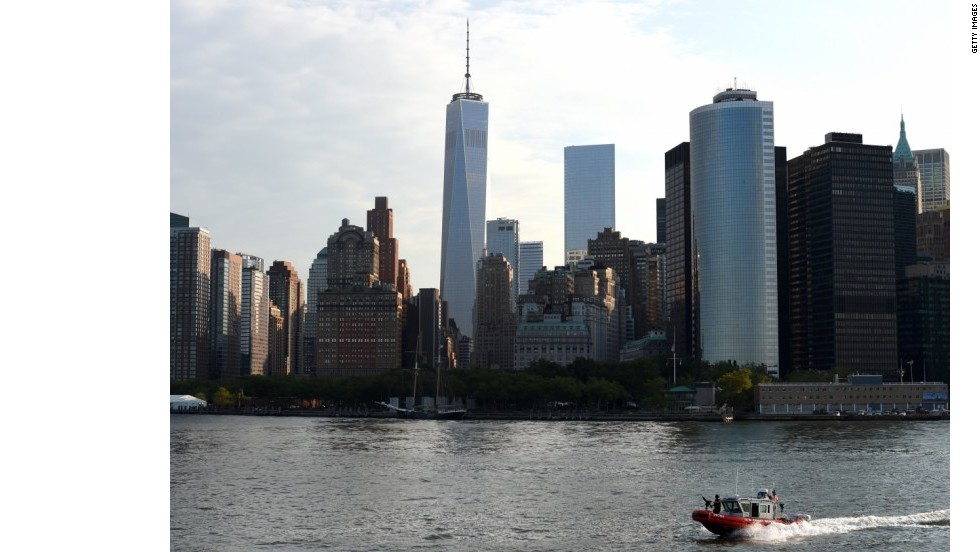 11 de julio de 2014: el One World Trade Center es oficialmente parte de la línea del horizonte de Manhattan.