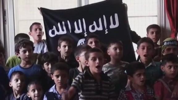 exp erin intv mudd isis brainwashing kids to become terror fighters_00002001.jpg