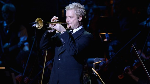 """Chris Botti's November 3 performance of the national anthem during a """"Monday Night Football"""" game left one Indianapolis Colts player in tears, with viewers at home calling it one of the best they've ever heard."""