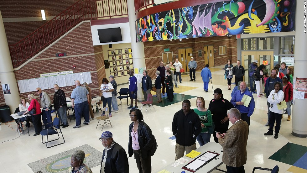 Kentucky voters line up to cast their votes November 4 at Bryan Station High School in Lexington.