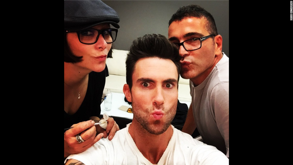 "Maroon 5 singer Adam Levine <a href=""http://instagram.com/p/u_ac5bKjUw/?modal=true"" target=""_blank"">posted this selfie to Instagram</a> on Tuesday, November 4, with the caption, ""Give us a kiss..."""