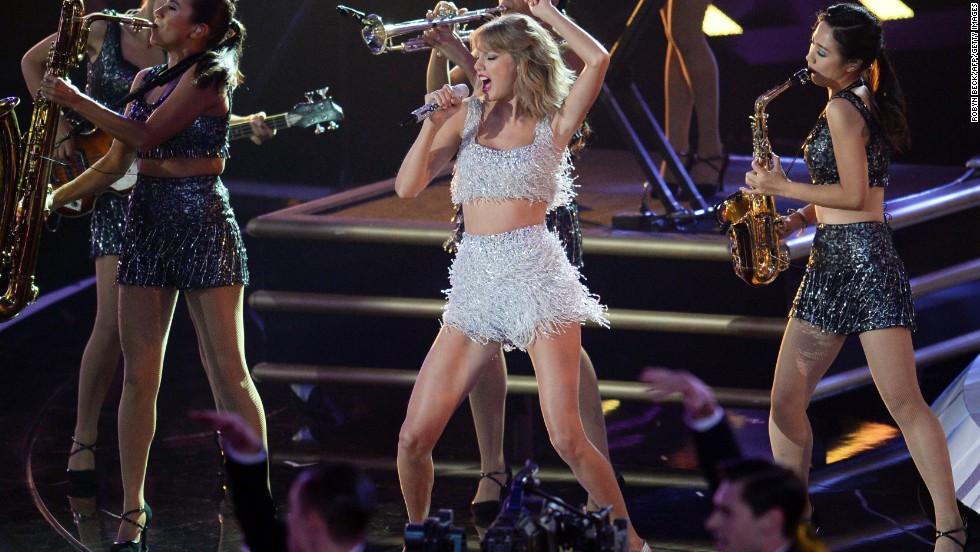 Taylor Swift S Platinum Prowess Cnn Video