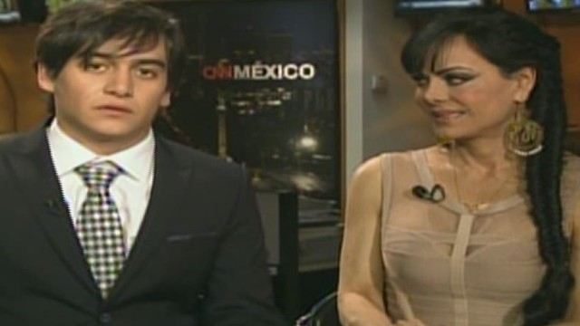 cnnee showbiz maribel and julian_00053727.jpg
