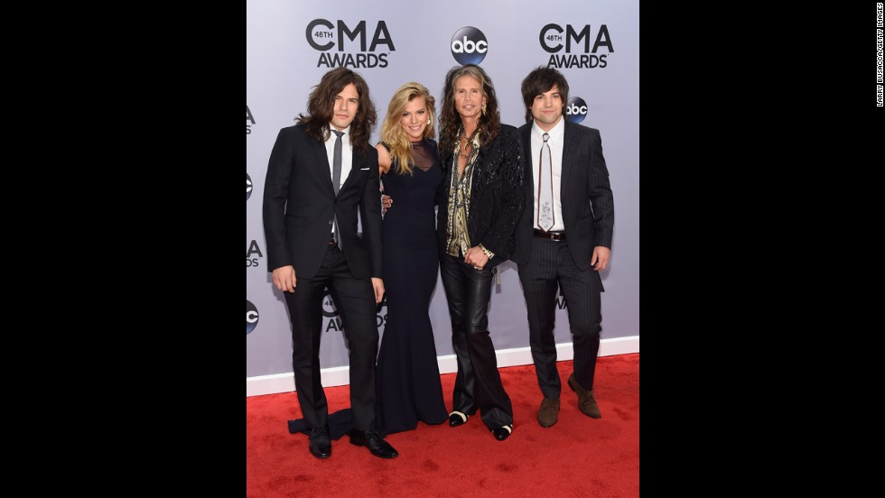 Neil Perry, Kimberly Perry and Reid Perry of The Band Perry, with Steven Tyler.