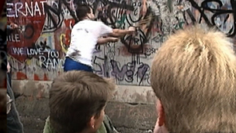 Fall of the Berlin Wall: On 29th anniversary, it's a different world
