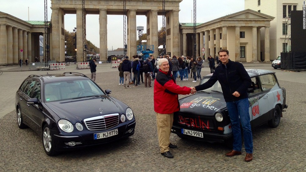 Trabant little car 39 s big role in fall of berlin wall cnn for Fred martin mercedes benz