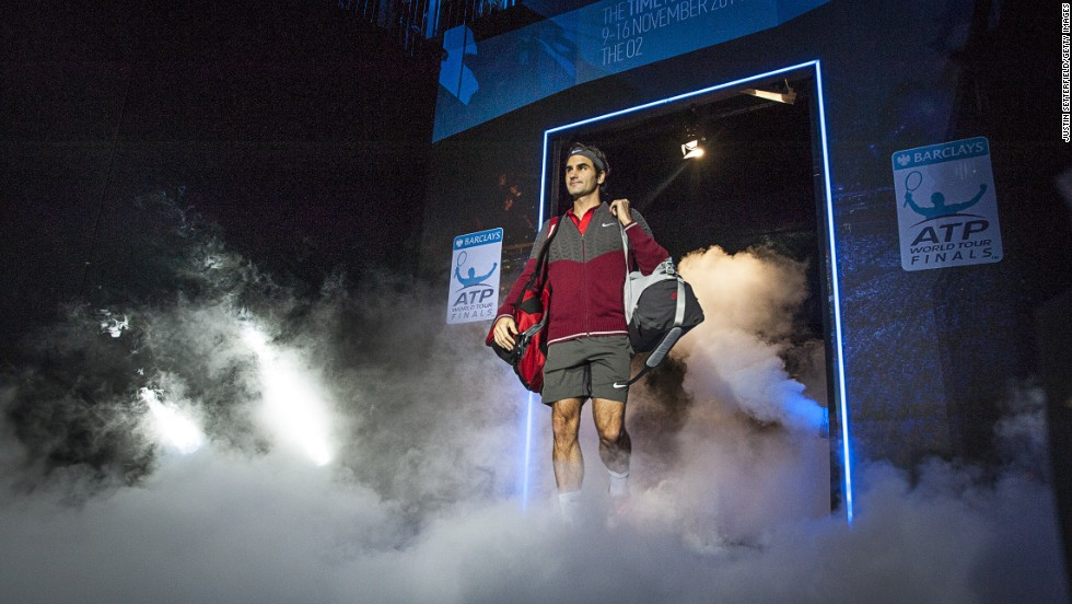 Roger Federer matched the traditionally grand entrance as he rolled back the years with a masterly display against Kei Nishikori.