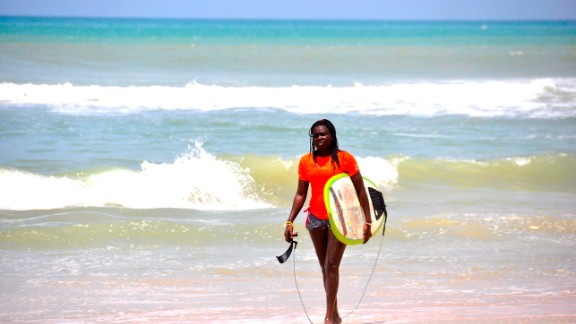 The surfers  With roughly 100 local and ex-pat active surfers, as well as scores of tourists visiting Dakar each year, you