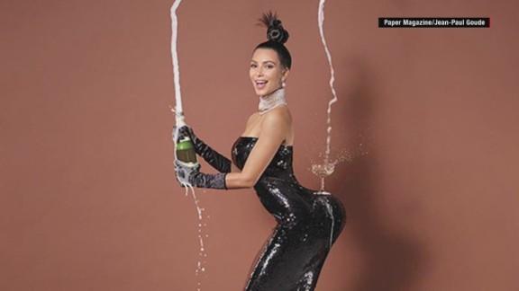 kim kardashian instagram chelsea handler lisas desk orig mg_00004525.jpg