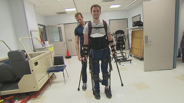 Robotic exoskeleton helps you walk again