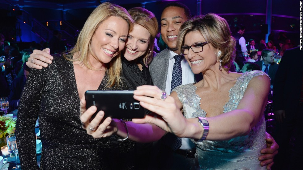 From left, CNN anchors Brooke Baldwin, Christine Romans, Don Lemon and Ashleigh Banfield take a selfie during the show.
