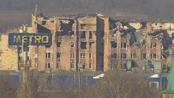 pkg black ukraine civilians crossfire_00015827.jpg