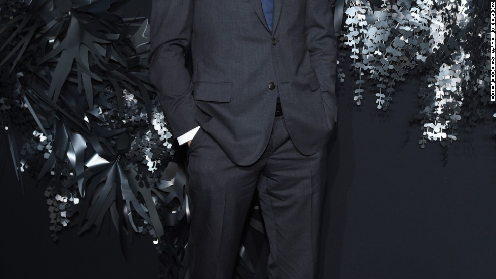 Joshua Jackson strikes a pose at the Hugo Boss Prize event in New York City on November 20.