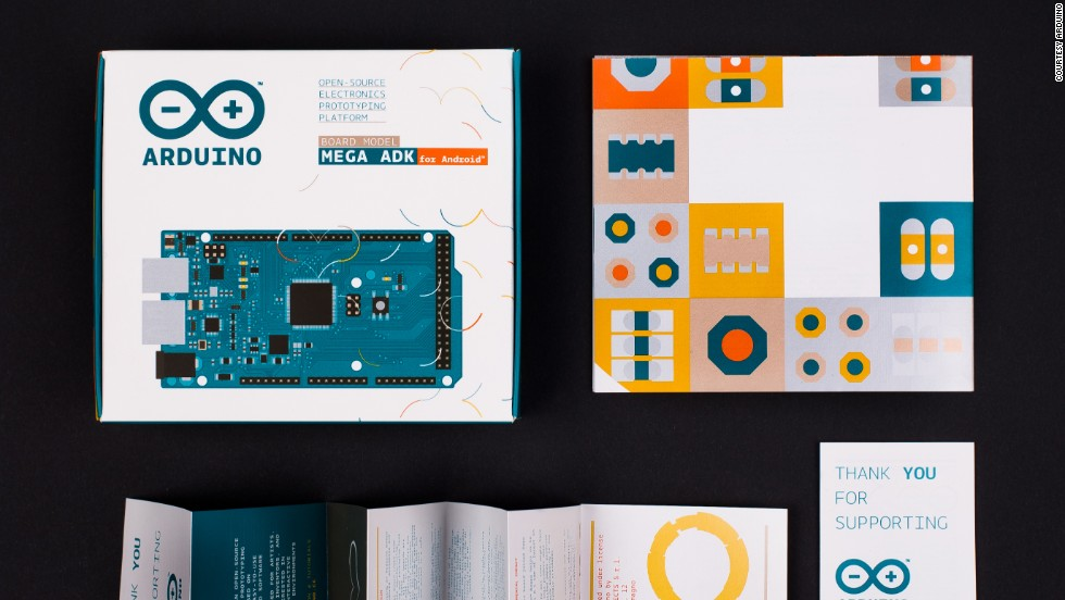 The colorful packaging further shows how Arduino makers care about the visual identity of the product