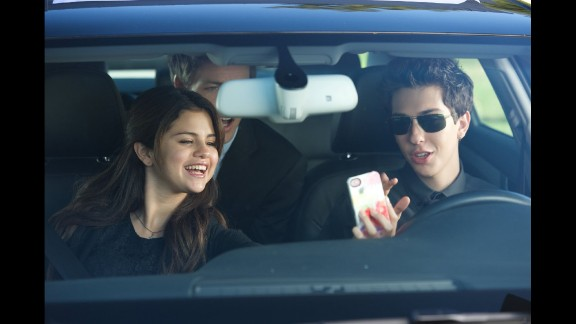 """""""Behaving Badly"""" (2014):  A wager about a mobster"""