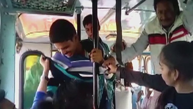 See Sisters Fight Harassers On Bus - Cnn Video-6330