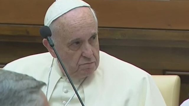 Pope Francis pledges to fight slavery