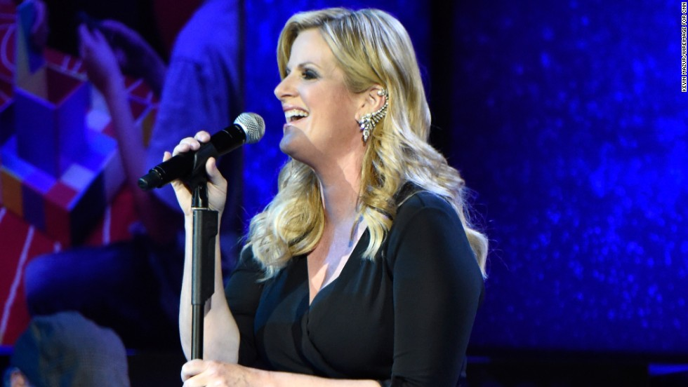 "Trisha Yearwood performs her latest song, ""PrizeFighter."""