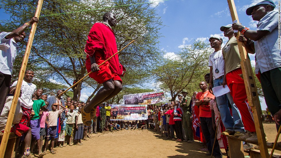 The event itself features a total of six competitions which are primarily based on traditional Maasai warrior skills. <br /><br />Track events for male competitors include the 200 meter, 800 meter and 5,000 meter run while field events consist of throwing a spear (javelin) for distance, throwing the rungu (a round-headed wooden Maasai club) for accuracy and the legendary warrior style Maasai vertical jump from a standing position (pictured).