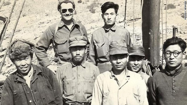 "Merrill Newman (back, left), pictured in with the ""Kuwol Comrades,"" anti-communist Korean guerrillas who fought behind North Korean lines."