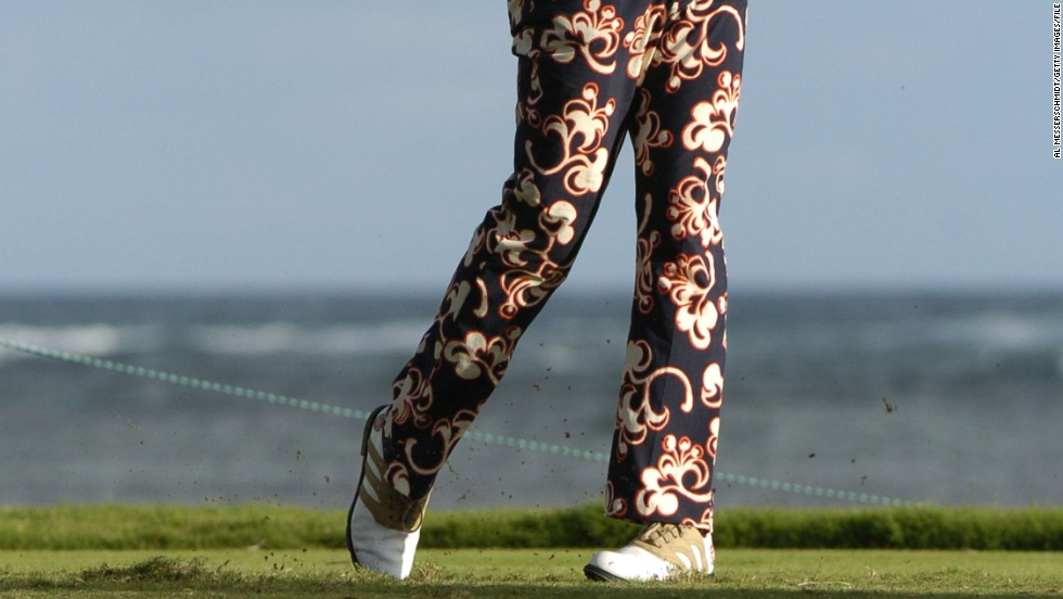 Finally back to Hawaii in January 2005, when Poulter chose to say it with flowers.