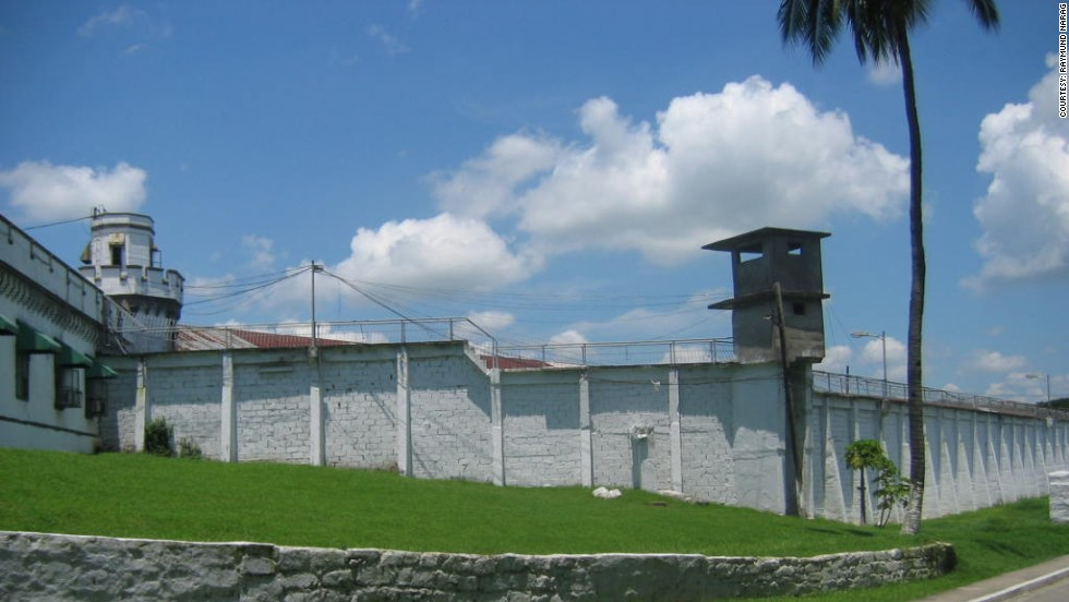 New Bilibid Prison (NBP), on the outskirts of Manila, was built decades ago for a maximum 5,500 inmates. Now more than 14,200 prisoners live there, crammed together in cells and outnumbering prison guards by a staggering 80:1.