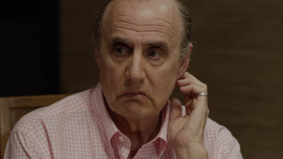 """""""Transparent"""": Score one for Amazon original programming. The Jeffrey Tambor-led comedy """"Transparent,"""" about a dysfunctional Los Angeles famiily with some major secrets, has received rave reviews and awards season nods to match."""