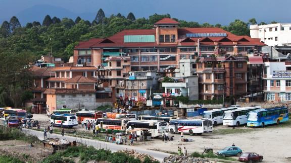 Dr. Sanduk Ruit established Tilganga, an eye hospital in Kathmandu, Nepal with the late Australian ophthalmologist and philanthropist Fred Hollows in 1994.