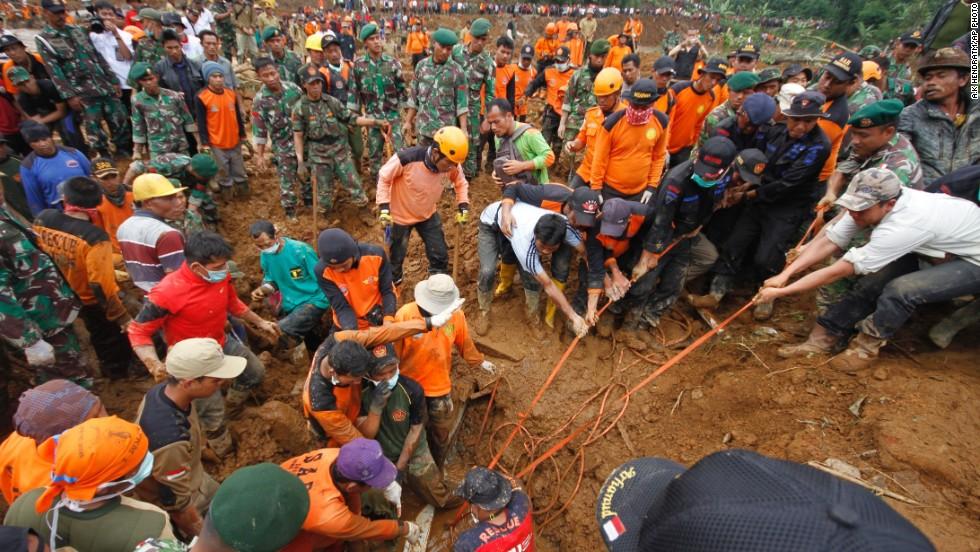 Death roll rises in Indonesia landslide CNN