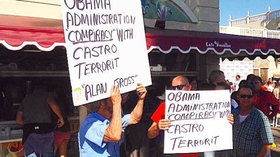 Cuban exiles in Miami protest the move to normalize US-Cuba relations.