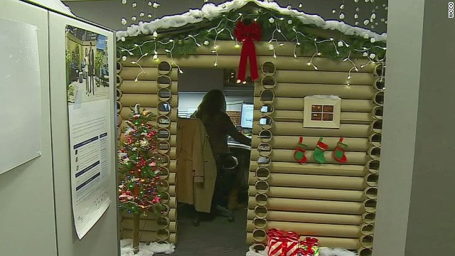 Epic Holiday Office Cubicle Will Amaze You Cnn Video