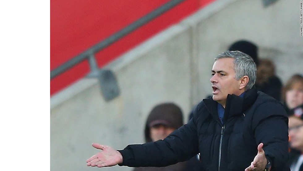 Chelsea manager Jose Mourinho was left frustrated with the referee in the draw at Southampton.