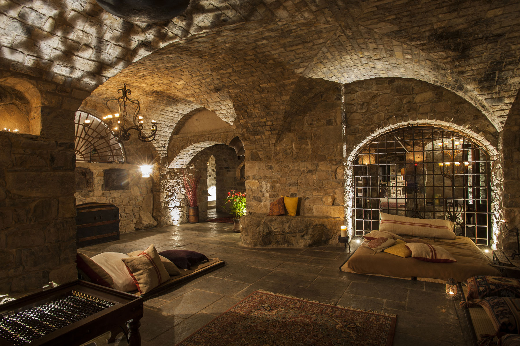 Cave hotel italy 2018 world 39 s best hotels for Maxim design hotel 3 star