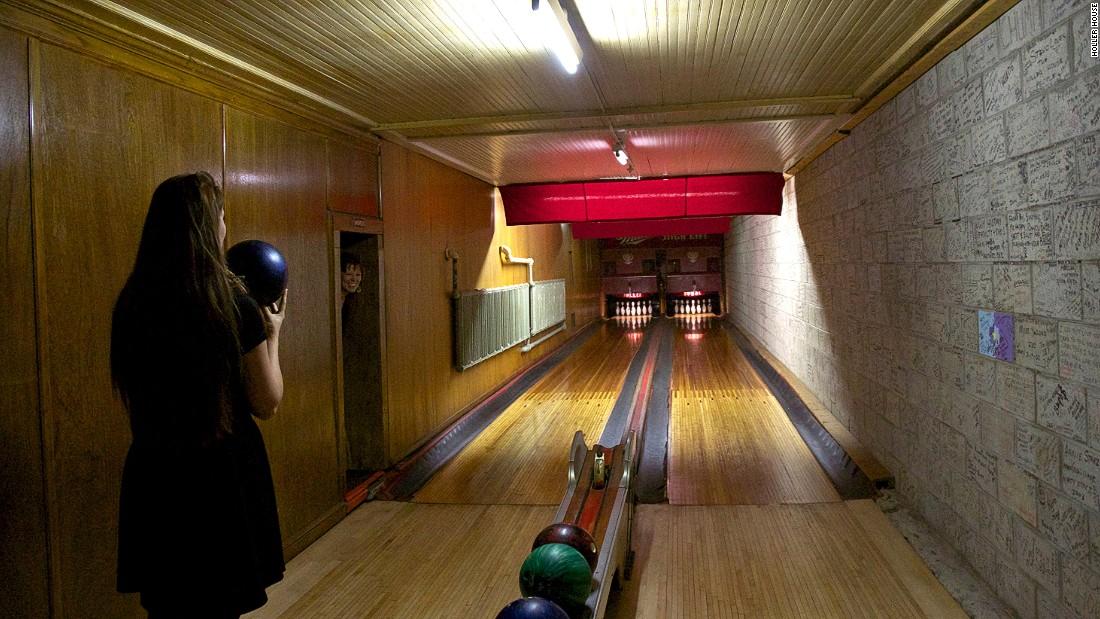 Superieur Americau0027s Best Old Fashioned Bowling Alleys | CNN Travel