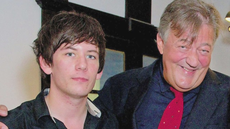 lkl mclaughlin stephen fry engaged_00002319